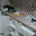 Desain Dapur Apartemen di Jakarta Pramuka