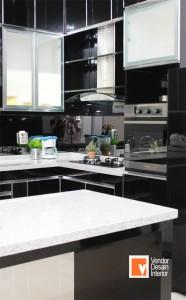 Jasa Kitchen Set Kelapa Gading Sunter Hitam Putih