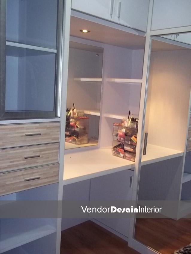 Pengerjaan Design Interior Rumah Minimalis Kebon Jeruk Jakarta Meja Make Up