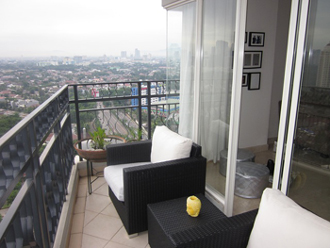 Jasa Desain Interior Jakarta : Balkon Apartemen Permata Hijau Residence