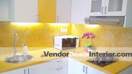 Jasa Desain Interior dan Dapur Kuning Putih