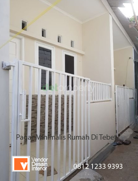 Pagar Miniamlis Rumah di Otista Kampung Melayu Jakarta Timur